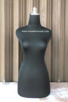 KODE 11 patung dressmaker wanita