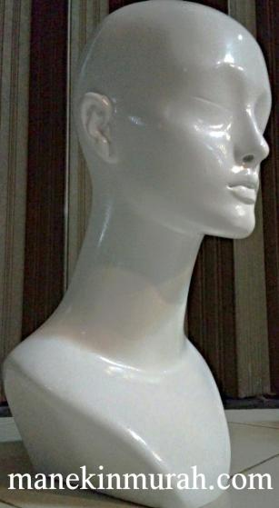 KODE 04 patung kepala wanita material fiber glass