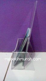 acrylic brosur 1 ruang material acrylik
