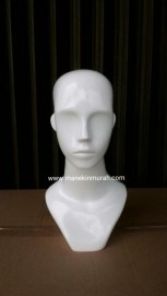 KODE 01 patung kepala wanita material fiber glass