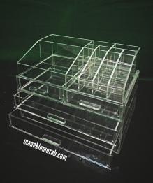 LACI KOSMETIK RP 325.000/ SET ( KODE K2 ) material acrylic terdiri dari 2 laci besar, 2 laci kecil dan 10 sekat penyimpanan