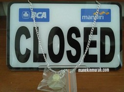 OPEN CLOSED LOGO BANK RP 35.000